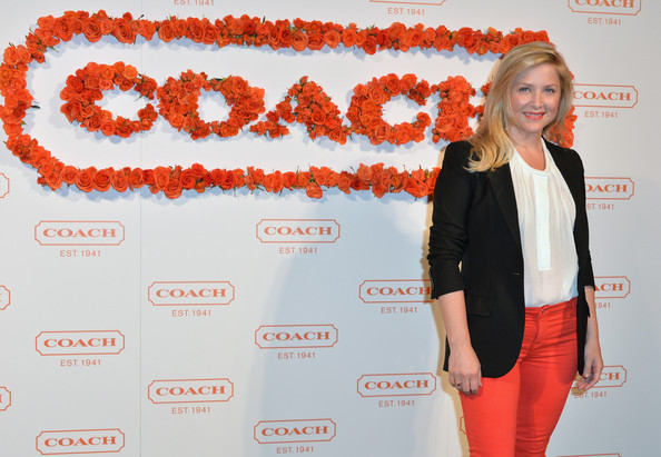 More Pics of Jessica Capshaw Layered Cut (1 of 8) - Layered Cut Lookbook - StyleBistro