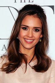 Jessica Alba attended the 3rd Annual Diane Von Furstenberg Awards wearing her hair half-up with long face-framing strands.