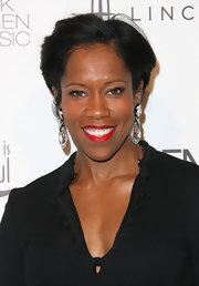 Regina King topped off her look with a pair of statement-making dangling crystal earrings.