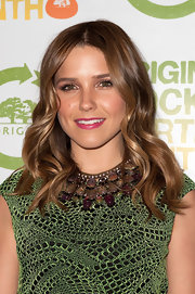 Sophia Bush wore her hair in causal waves while attending the 3rd Annual Origins Rocks Earth Month event.