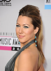 Colbie super-teased ponytail looked lovely and elegant at the 2012 AMAs.