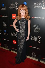 Kathy sported a classic capped-sleeve dress that featured a lace panel at the Daytime Emmy Awards.
