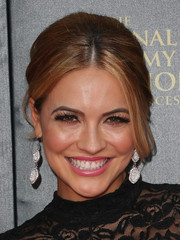 Chrishell Stause looked retro-glam with her beehive-inspired updo at the 2015 Daytime Emmy Awards.
