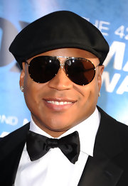 LL Cool J stepped out on the red carpet in a cool pair of aviator shades.