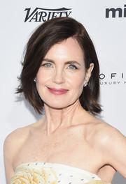 Elizabeth McGovern kept it classic and sweet with this bob at the 2015 International Emmy Awards.