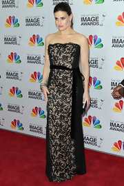 Idina Menzel wore this strapless lace gown with a velvet bow to the NAACP Image Awards.