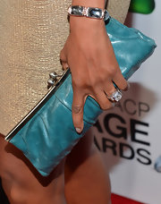 A teal clutch added a pop of color to Vanessa's look.