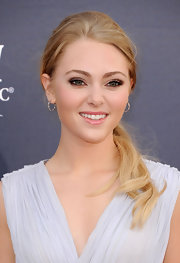 Annasophia opted for a simple yet elegant look at the Academy of Country Music Awards with a low hanging ponytail.