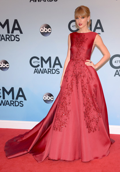 Crimson Elie Saab for the 2013 CMA Awards