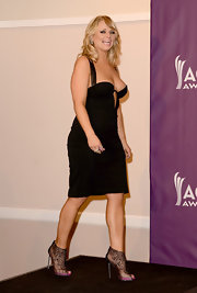 Miranda Lambert chose a black dress with a deep neckline for her look at the ACMs.