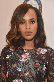 Kerry Washington went for a demure and elegant mid-length curly 'do when she attended the NAACP Image Awards.