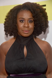 Uzo Aduba sported a side-parted afro at the NAACP Image Awards.