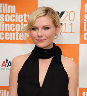 Kirsten Dunst wore a breathtaking pair of 1950s diamond swirl earrings at the NYC premiere of 'Melancholia.'