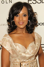 Kerry Washington showed off shoulder length curls at the Essence luncheon.