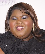 Gabourey Sidibe's bright pale blue eyeshadow had a metallic sheen to it.