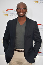 Taye Diggs paired his khakis with a black blazer.
