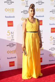 Issa Rae brightened up the red carpet with her textured yellow gown at the 2019 NAACP Image Awards.