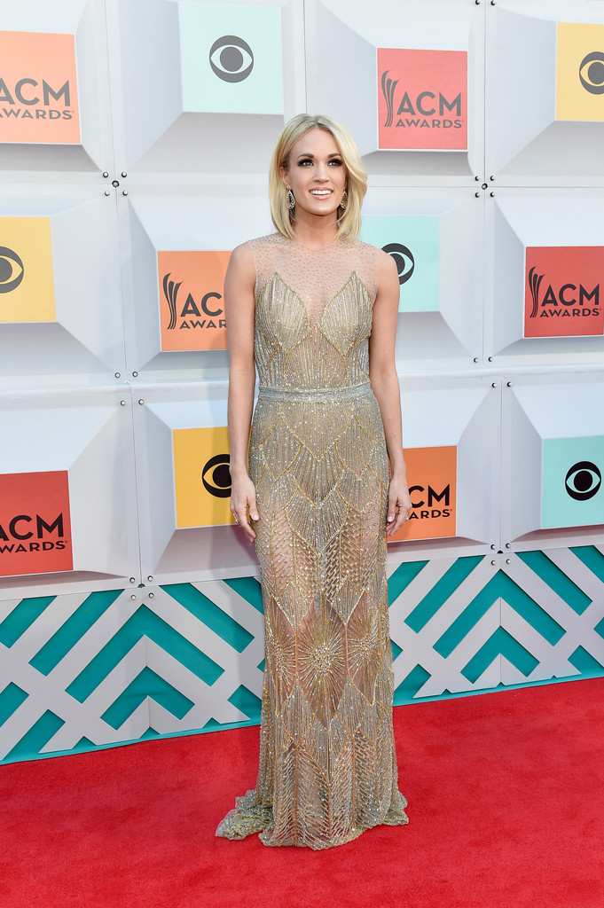 More Pics Of Carrie Underwood Medium Layered Cut 1 Of 9 Shoulder Length Hairstyles Lookbook