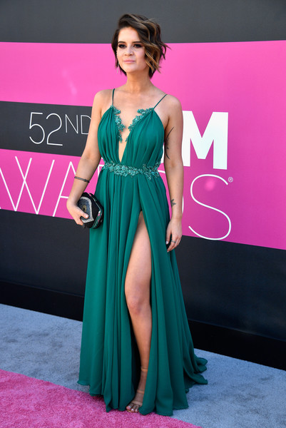 More Pics of Maren Morris Pink Lipstick (1 of 9) - Makeup Lookbook - StyleBistro [maren morris,arrivals,dress,clothing,fashion model,shoulder,gown,carpet,fashion,formal wear,a-line,hairstyle,las vegas,nevada,toshiba plaza,academy of country music awards]