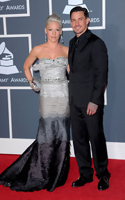 Carey Hart chose an all-black tux, tie, and button-down ensemble for the Grammys.
