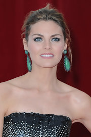 Amaia Salamanca wore a pair of jade statement earrings at a prestigious TV festival.