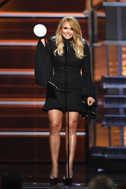 Miranda Lambert gave her acceptance speech at the 2018 ACM Awards wearing a little black dress with bell sleeves.
