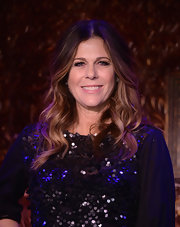 Rita Wilson's brunette ombre tresses fell into a lovely natural wave at the '54 Below' press preview.