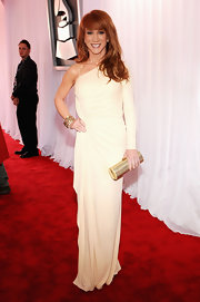 For having a Life on the D-List,  Kathy Griffin sure gets around. The spunky redhead stepped up her style game in this single-sleeve ivory gown. Bravo!