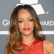 Rihanna's Loose Waves
