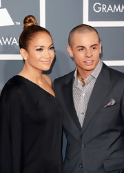 Jennifer Lopez chose a classic top knot for her sophisticated and elegant 2013 Grammy look.