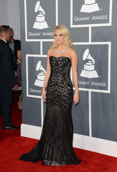 More Pics of Carrie Underwood Smoky Eyes (5 of 19) - Carrie Underwood Lookbook - StyleBistro