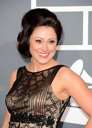 Kari Jibe's funky retro updo added some old-school glamour to her 2013 Grammys red carpet look.