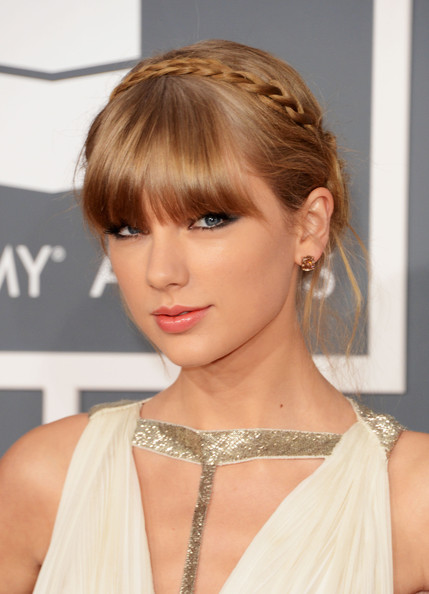 More Pics of Taylor Swift Braided Updo (5 of 24) - Taylor Swift Lookbook - StyleBistro