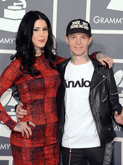 Kat Von D opted for long loose curls in her signature black hue at the 2013 Grammys.