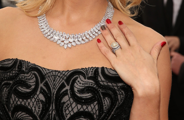 More Pics of Carrie Underwood Diamond Collar Necklace (1 of 21) - Carrie Underwood Lookbook - StyleBistro