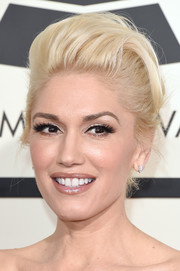 Gwen Stefani looked elegantly hip with her platinum-blonde pompadour at the Grammys.