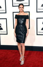 Louise Roe opted for an off-the-shoulder leather LBD when she attended the Grammys.