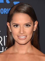 Rocsi Diaz attended the Critics' Choice Television Awards wearing a sleek side-parted hairstyle.