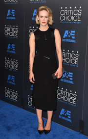 Sarah Paulson kept it minimal in a sleeveless LBD by Prabal Gurung during the Critics' Choice Television Awards.