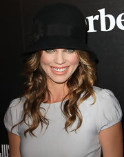 AnnaLynne McCord attended the 5th Annual Hollywood Domino Gala wearing a peachy-beige lipstick.