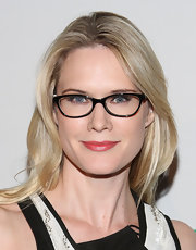 Stephanie March arrived at the Joyful Revolution Gala wearing her hair in a casually layered style.