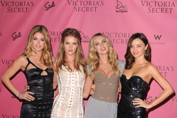 "Miranda Kerr Doutzen Kroes 5th Annual ""What Is Sexy?"" List: Bombshell Edition Pink Carpet Event"