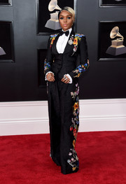 Janelle Monae was all abloom in this Dolce & Gabbana floral pantsuit at the 2018 Grammys.