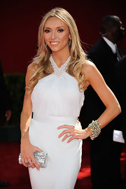 Giuliana wore a heavily beaded pearl bracelet for her Emmy Awards' glowing look.
