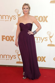 Jane Lynch was pretty in purple at the Emmys in a simple draped gown. The eggplant shade worked perfectly with Jane's complexion.
