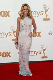 Maria Bello attended the 63rd Emmys wearing a cushion cut diamond ring, adding even more sparkle and shine to her look.