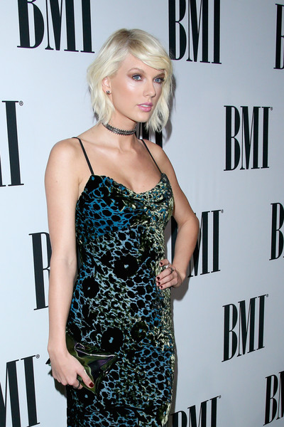 42439881ca More Pics of Taylor Swift Messy Cut (8 of 26) - Short Hairstyles Lookbook -  StyleBistro