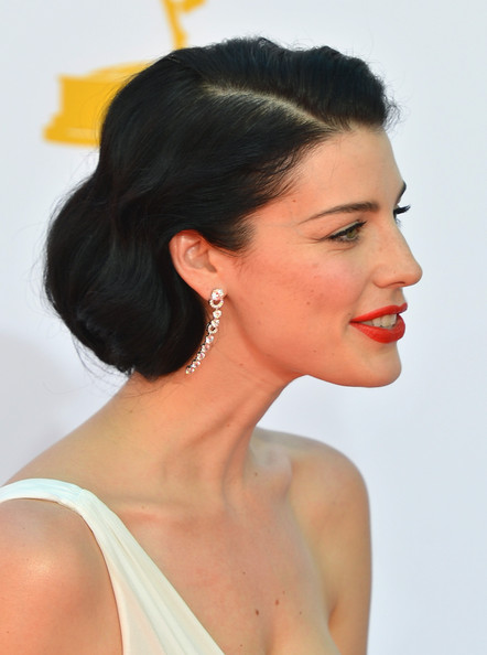 More Pics of Jessica Pare Red Lipstick (2 of 18) - Jessica Pare Lookbook - StyleBistro