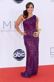 Carrie stepped out in a bright purple with a lovely burnout overlay at the Emmy Awards.