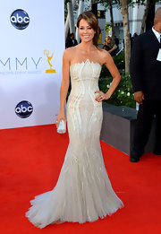Brooke Burke looked phenom in her strapless tulle gown with intricate beading.